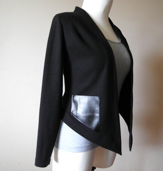 Black cardigan with faux leather pockets, sewing tutorial